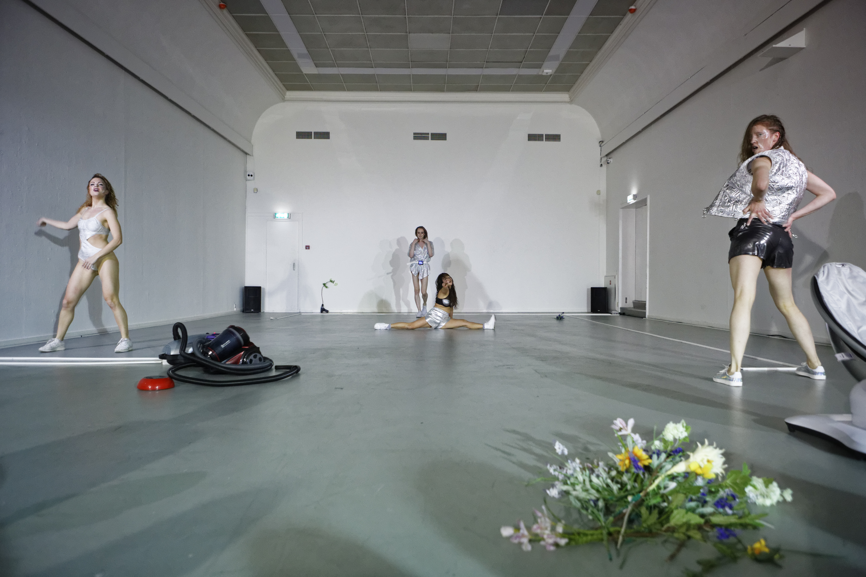 FLAM VI | Forum for Live Art Amsterdam. Arti Et Amicitiae
